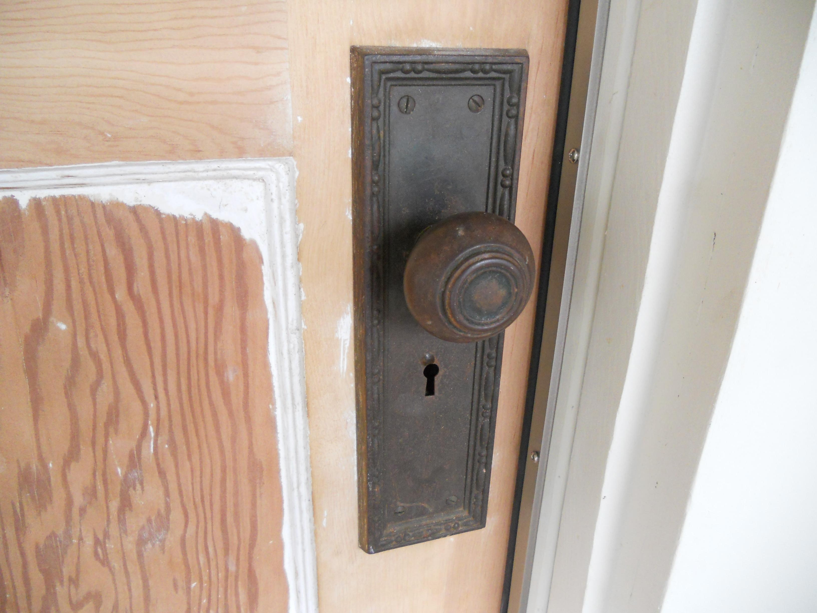 Lovely Bungalow Door Hardware Part   2: This Door .