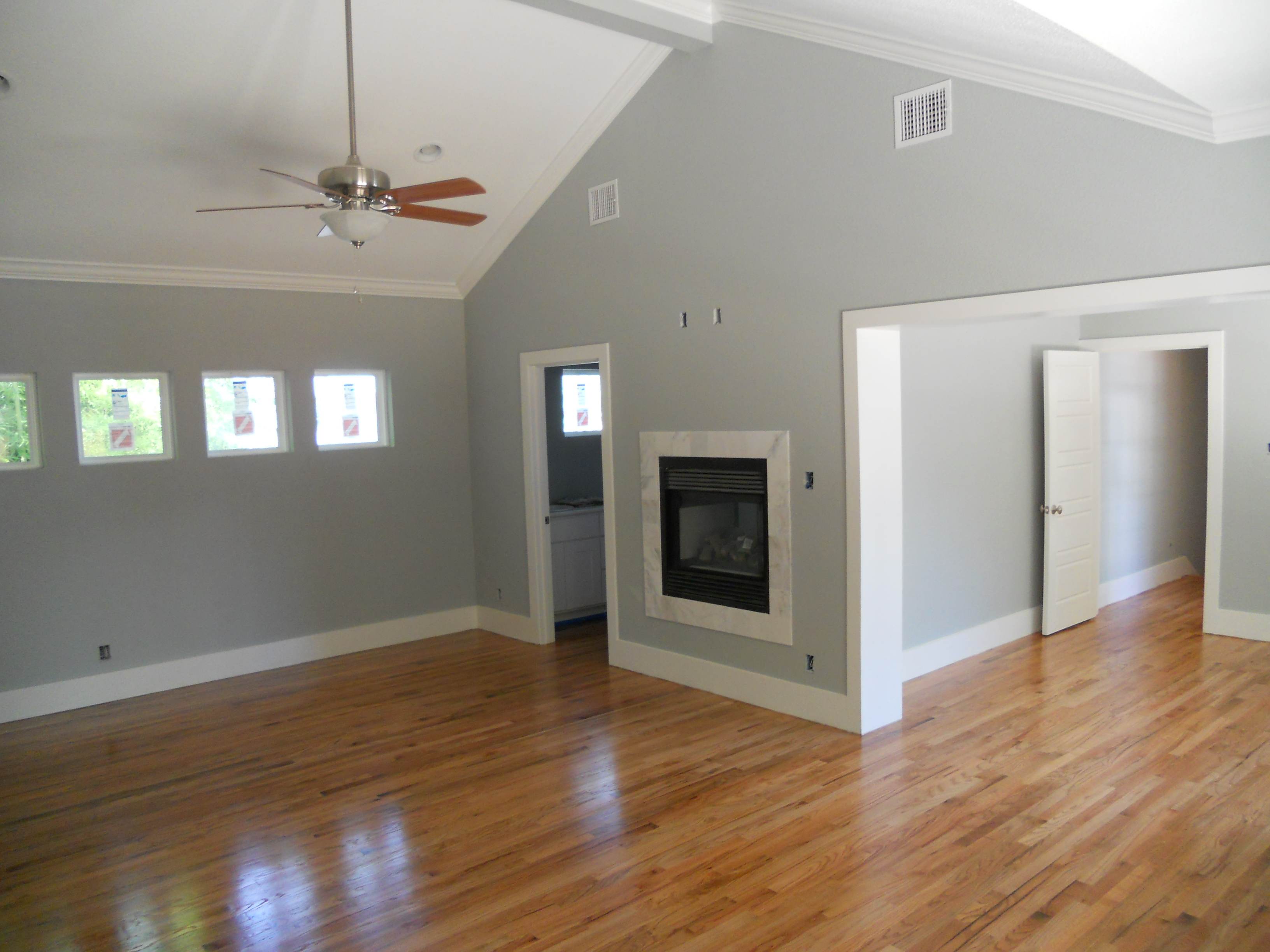 Hardwood floor refinishing green button homes for Color of hardwood floors