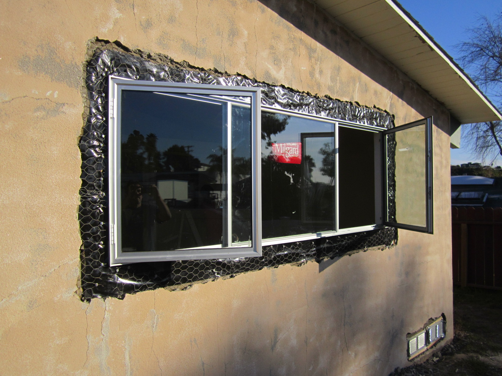 Aluminum Window Construction : Windows