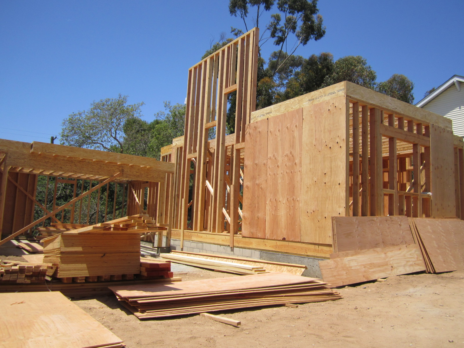 Modern Bungalow Framing in SD Green Button Homes