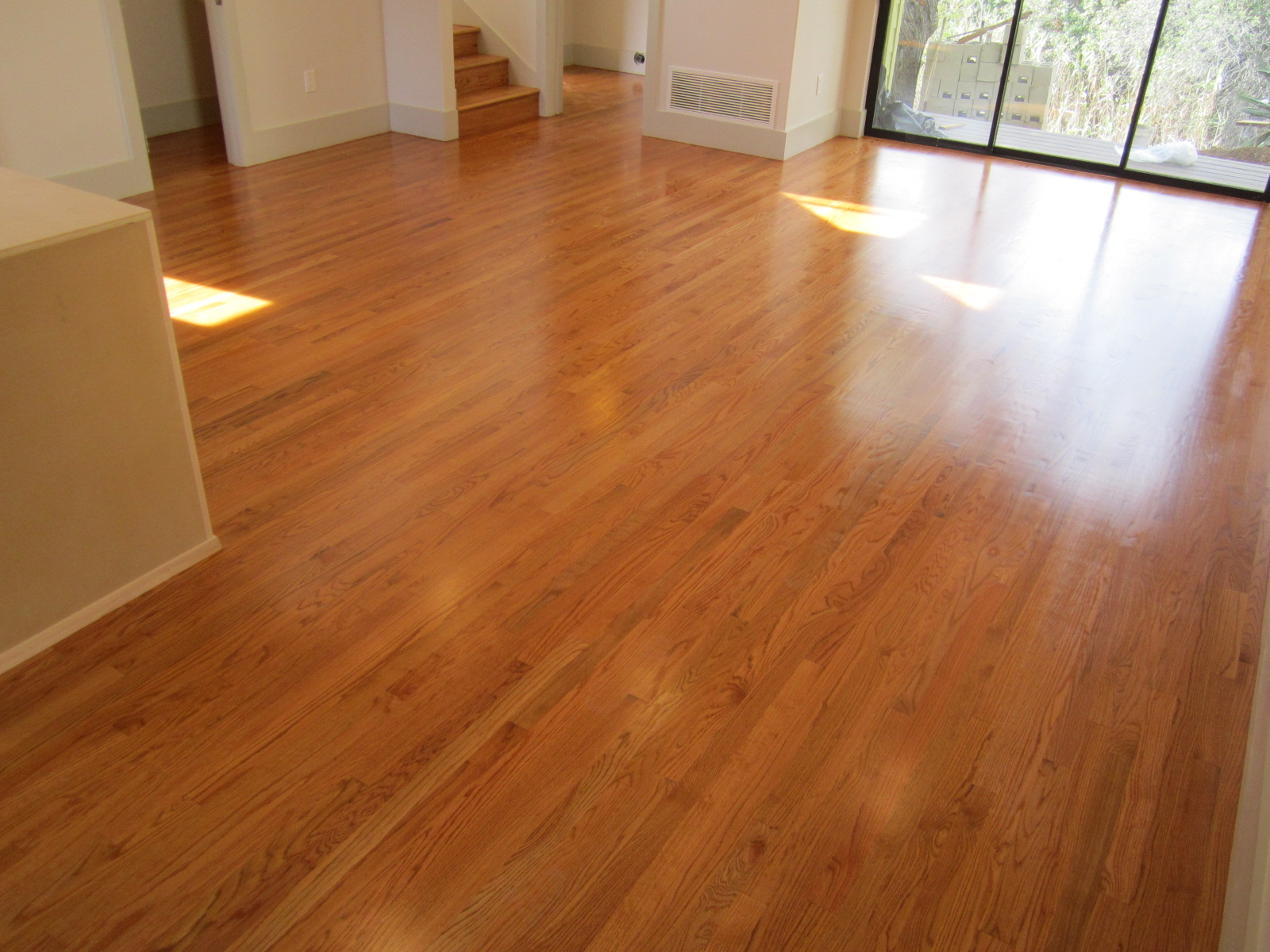 Modern concrete and hardwood floor reo for House of floors